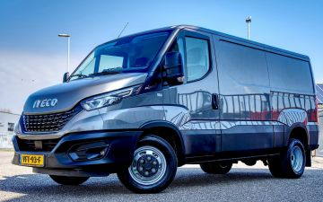 Autobedrijf Koopman Brouwers - Iveco Daily 35C18Ha8v
