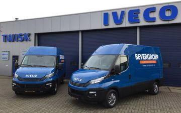 Bevergroep - 2 x Iveco Daily 35S16v automaat