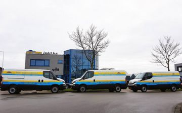Indri vloersystemen - 3 x Iveco Daily 35S14v automaat