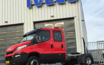 Loodeck - Iveco Daily 70C18 + trekker ombouw
