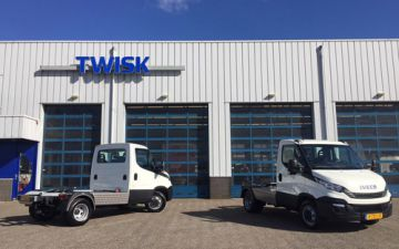 Palveco - 3 x Iveco Daily 40C18 + Veldhuizen trekker ombouw